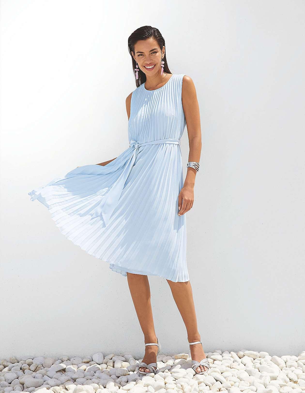 kleider für stilvolle auftritte bestellen | madeleine mode