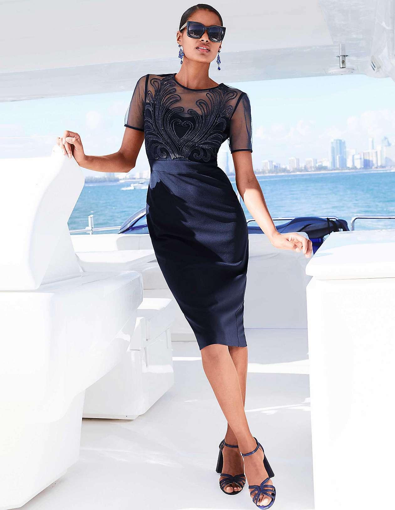 bf34fa2f7dec Etui-φορέματα | MADELEINE Fashion